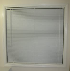 trim-painted-blind-up